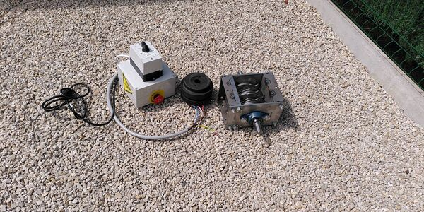 3-4/ Shredder + Coupling + electrical Control Box